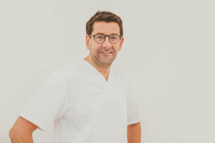 Docteur Balouka - Dentiste du Cabinet Dentaire Eure